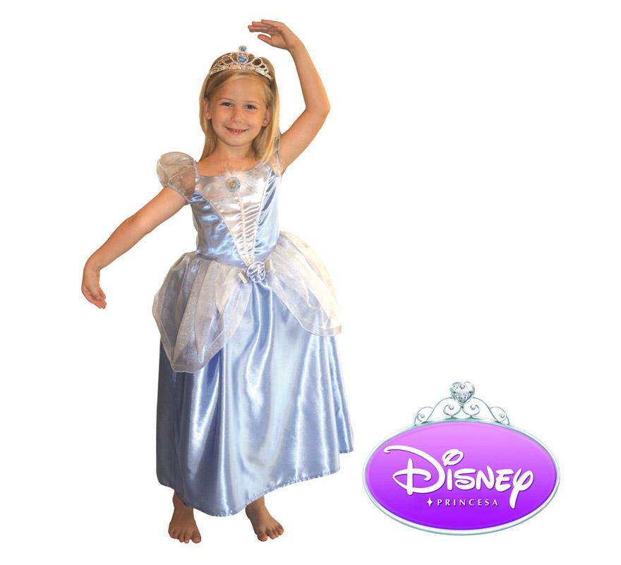 Disfraz de la Cenicienta. Talla de 9 a 10 años. Incluye corona y vestido presentación encaja. Disfraz con licencia Disney ideal para regalar en Papa Noel y Reyes Magos.