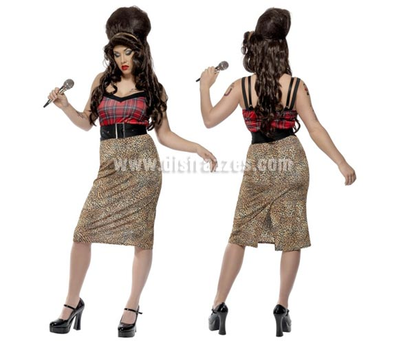 Disfraz de Amy Winehouse para mujer talla L. Incluye vestido, cinturón y flor con goma para la cabeza. Medias, zapatos, micrófono y peluca NO incluidos. El micrófono y la peluca la podrás ver en la sección de Complementos.