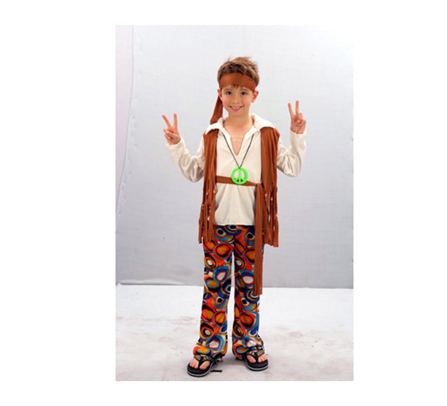 Disfraz de Hippie Niño barato para Carnaval. Talla de 7 a 9 años. Incluye cinta cabeza, camisa con chaleco, cinturón y pantalón. Gafas NO incluidas, podrás verlas en la sección de Accesorios.