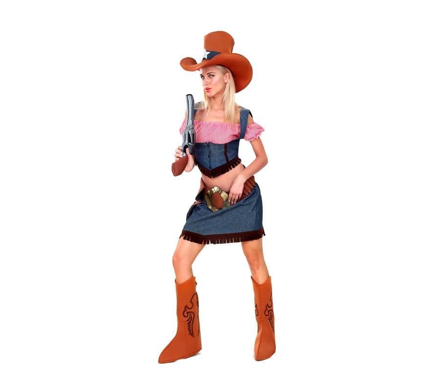 Disfraz de Vaquera Adulta barato. Talla standar M-L = 38/42. Incluye sombrero, top, chaleco, falda y cubrebotas. Pistola NO incluida, podrás verla en la sección Complementos.