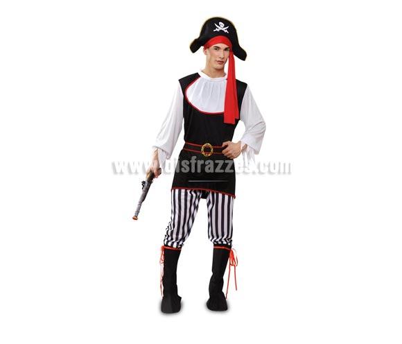 Disfraz barato de Pirata adulto. Talla Standar M-L = 52/54. Incluye sombrero, camiseta, pantalón, cinturón y cubrebotas. Espada y parche NO incluidos, podrás verlos en la sección de Complementos.
