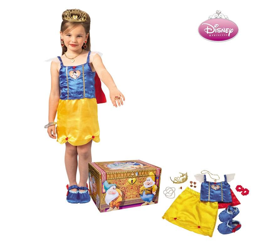 Cofre disfraz y accesorios de Blancanieves para niñas de 3 a 4 años aprox. Incluye falda, corpiño, capa, 3 brazaletes, set de joyas, tiara, zapatos y cofre. Artículo con licencia DISNEY perfecto para regalar.