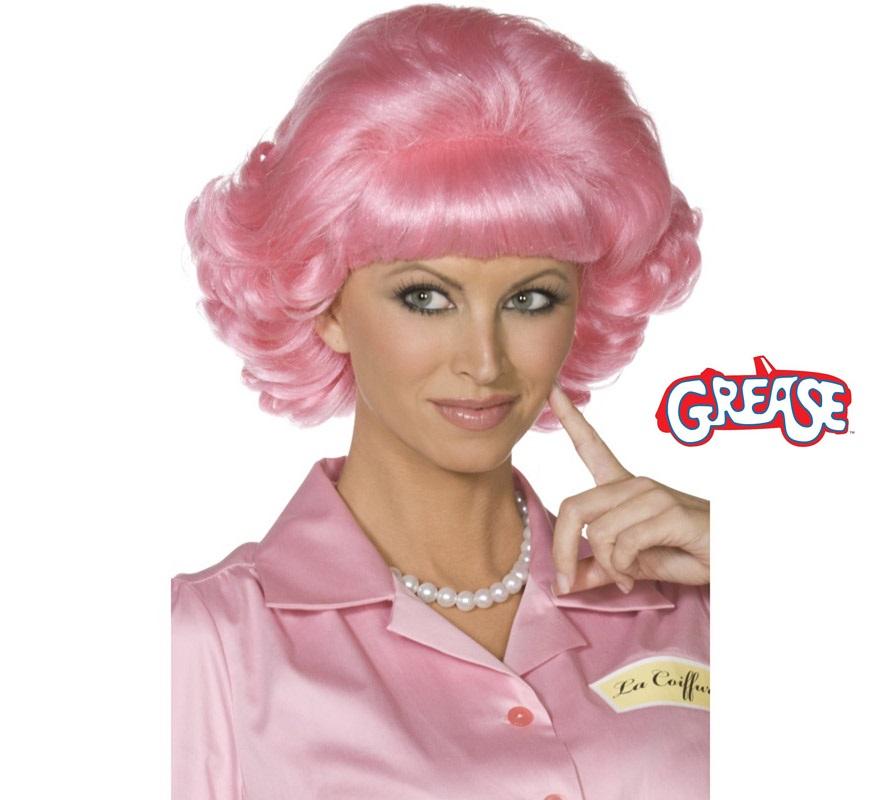 Peluca Frenchy rosa corta con las puntas rizadas. Con está peluca te parecerás a Frenchy de la película de Grease.