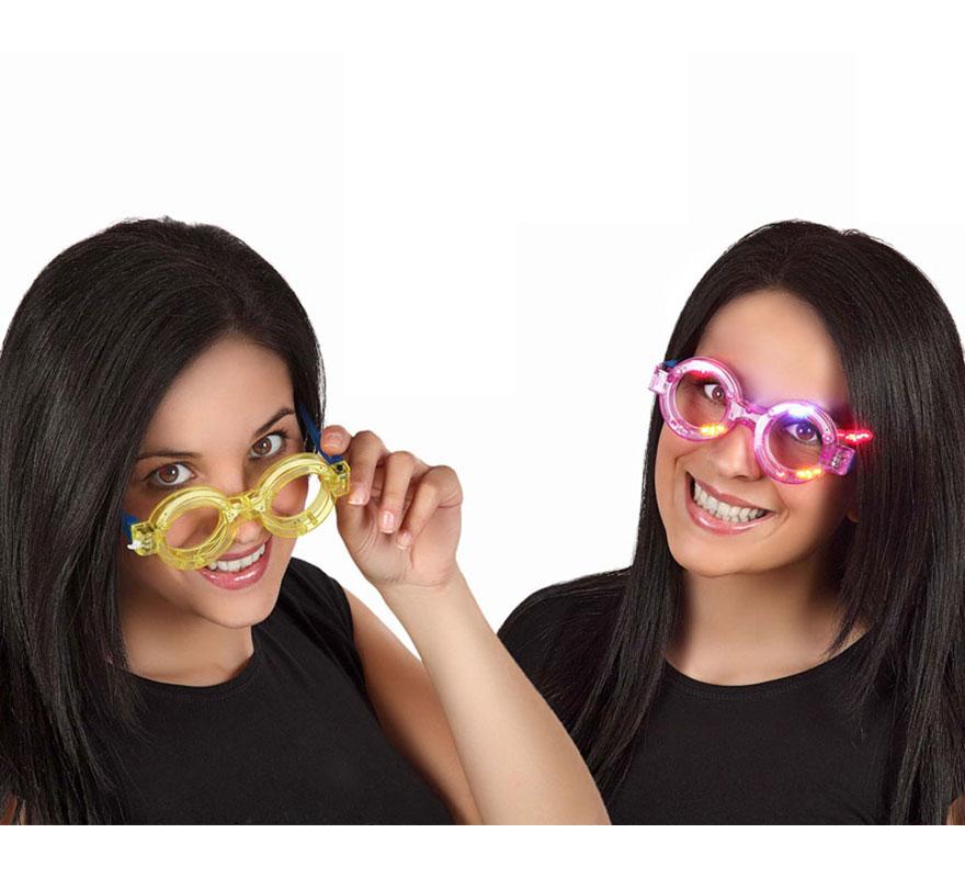 Gafas con luz redondas con pilas 4 colores surtidos. Precio por unidad, se venden por separado. Perfectas para Despedidas de Soltero.