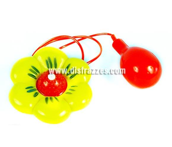 Flor Lanza-agua de broma de 27x16 cm. Perfectas también como complemento de los disfraces de Payasos.
