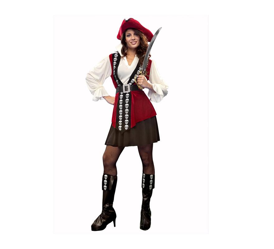 Disfraz de Pirata Lujo para mujer. Talla M-L = 38/42. Incluye camisa, chaleco, falda, cinturón, cubrebotas y sombrero. Espada NO incluida, podrás verla en al sección de Complementos. La pareja de este disfraz es la ref: 19900BT.