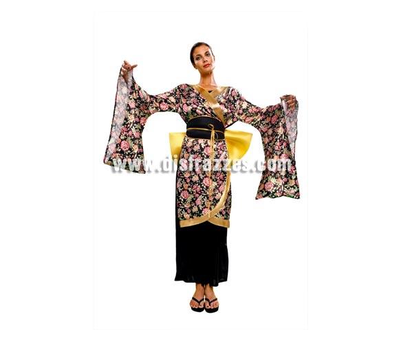 Disfraz de Geisha Estampada adulta. Talla standar M-L = 38/42. Incluye vestido, cinturón y lazo. Disfraz de Gheisa para mujer.