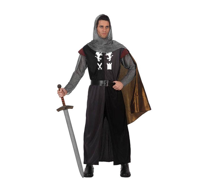 Disfraz de Caballero Medieval para hombre. Talla 2 ó talla Standar M-L 52/54. Incluye túnica, malla para la cabeza, capa y cinturón. Espada NO incluida, podrás verla en la sección de Complementos-Armas.