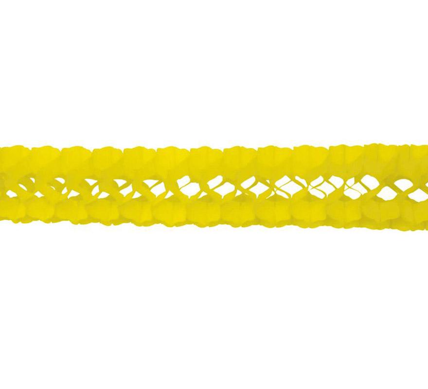 Guirnalda de papel en color amarillo de 17x300 cm.