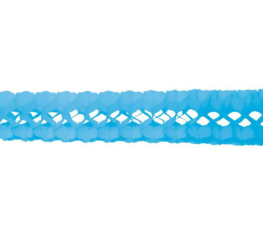 Guirnalda de papel en color azul celeste de 17x300 cm.