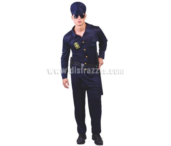 Disfraz de Policía Hombre Adulto. Talla única 52/54. Incluye gorra, chaqueta, cinturón y pantalón. Porra NO incluida, podrás verla en el apartado de complementos.