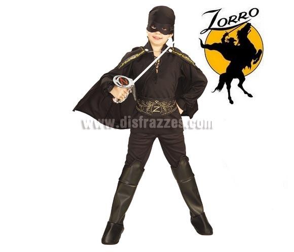 Disfraz de El Zorro infantil para Carnaval. Talla de 3 a 4 años. Incluye camisa, pantalones con cubrebotas, cinturón, capa y bandana con antifaz. Espada NO incluida, podrás verla en la sección Complementos. Disfraz con licencia. Éste disfraz es ideal para Carnaval y para regalar en Navidad, en Reyes Magos, para un Cumpleaños o en cualquier ocasión del año. Con éste disfraz harás un regalo diferente y que seguro que a los peques les encantará y hará que desarrollen su imaginación y que jueguen haciendo valer su fantasía.  ¡¡Compra tu disfraz para Carnaval o para regalar en Navidad o en Reyes Magos en nuestra tienda de disfraces, será divertido!!