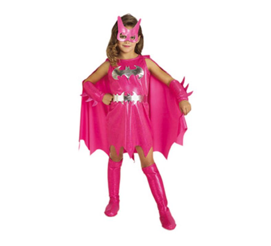 Disfraz de Pink BatGirl para niñas de1 a 2 años. Incluye vestido con capa, cinturón, cubrebotas altas, manguitos y antifaz. Precioso disfraz de la chica de Batman para niñas.