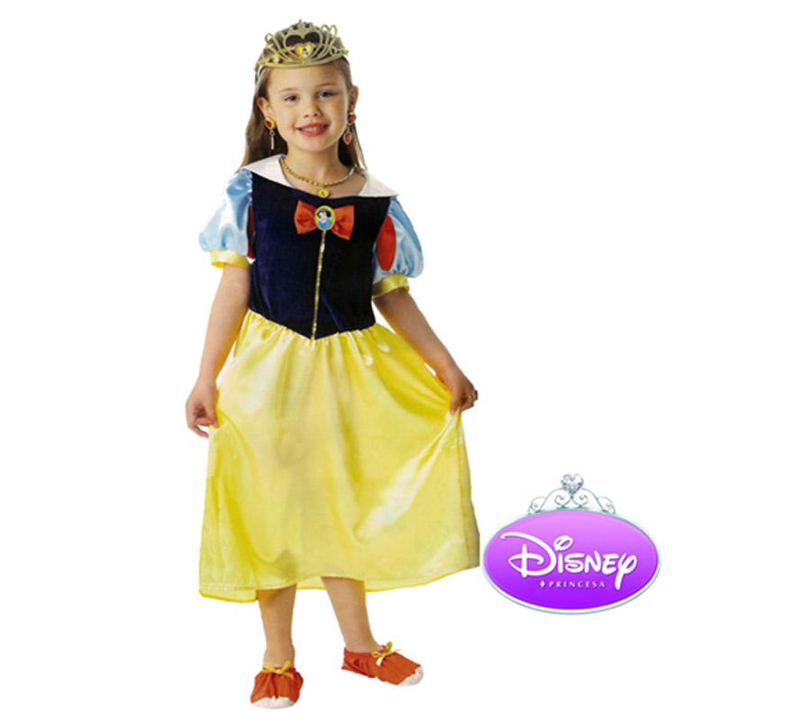 Disfraz Disney de Blancanieves Classic en caja con accesorios para Carnaval. Talla de 7 a 8 años. Incluye vestido, tiara, set de joyas y zapatos de tela. Presentación en Caja regalo. Traje de la Princesa Blancanieves con licencia Disney perfecto como regalo. Éste disfraz es ideal para Carnaval y para regalar en Navidad, en Reyes Magos, para un Cumpleaños o en cualquier ocasión del año. Con éste disfraz harás un regalo diferente y que seguro que a los peques les encantará y hará que desarrollen su imaginación y que jueguen haciendo valer su fantasía.