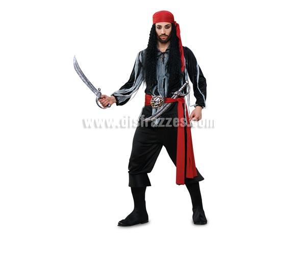 Disfraz de Pirata del Caribe para hombre. Talla standar M-L 52/54. Incluye camisa, pantalón, cubrebotas, pañuelo y fajín. Accesorios NO incluidos. Éste disfraz es la pareja de la ref. 89849BT. y son disfraces de calidad superior.