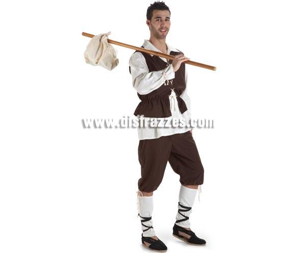Disfraz Escudero o Campesino Medieval para hombre. Talla Standar. Incluye pantalón, camisa, chaleco y polainas. Sería perfecto como disfraz de Satur, el escudero de Águila Roja, incluso como disfraz de Mesonero o Posadero Medieval.