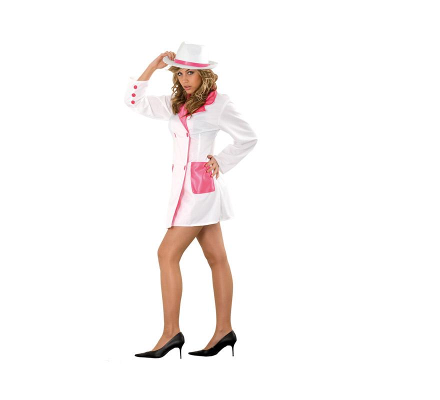 Disfraz barato de Gánster Fucsia adulta. Talla standar M-L = 38/42. Incluye sólo la chaqueta. Sombrero NO incluido, podrás ver sombreros de Gánster en la sección Complementos o si tienes uno, pues no te gastas tanta pasta para poder disfrazarte.