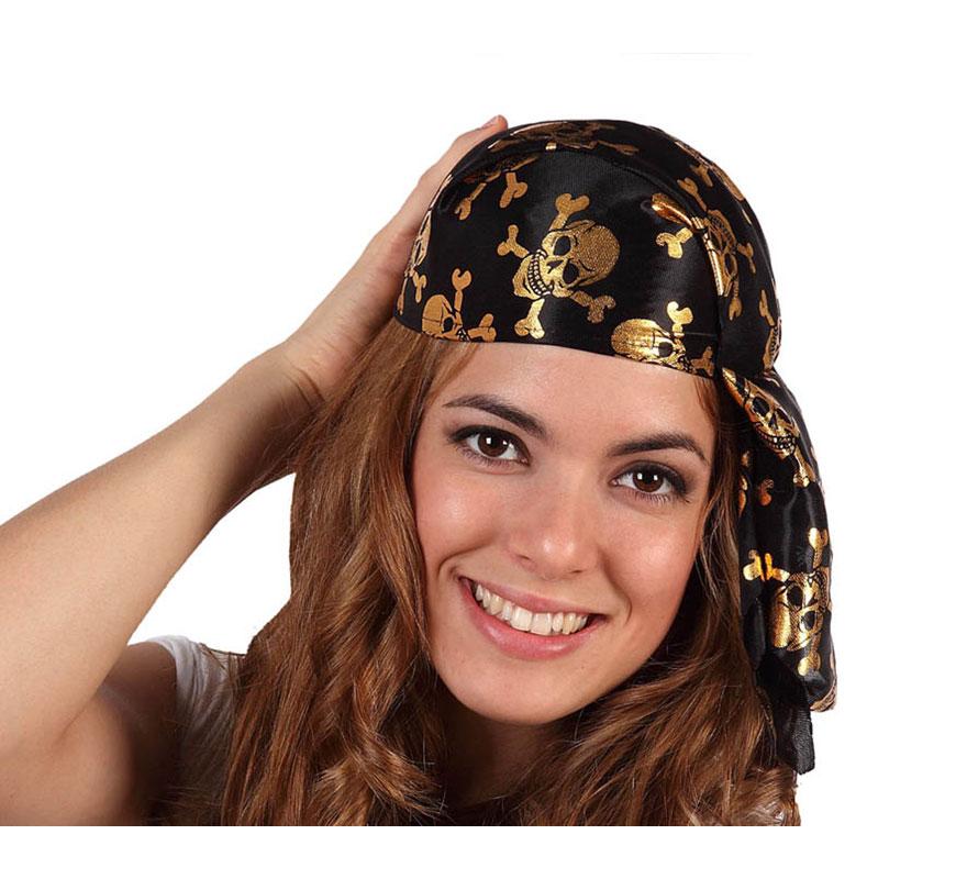 Pañuelo o bandana de Pirata con calaveras doradas.