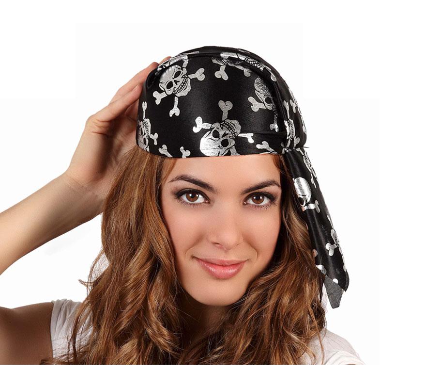 Pañuelo o bandana de Pirata con calaveras plateadas.