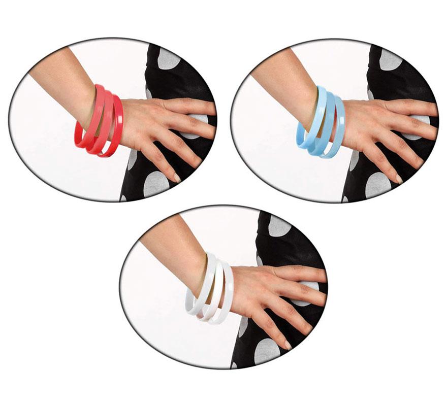 Pulseras de Sevillana disponible en 3 colores. Incluye 3 pulseras del mismo color. Diámetro 8 cm x 1 cm. de  ancho. El complemento ideal para los disfraces de Sevillana, Flamenca, Cordobesa, Gitana, etc.
