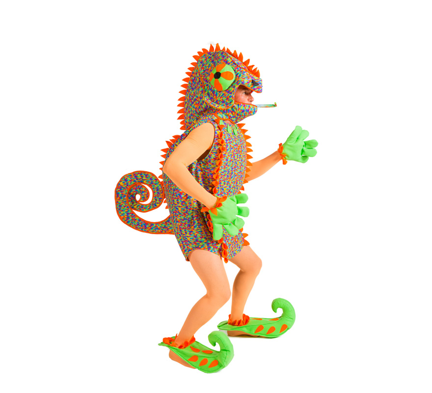 Disfraz de Camaleón para Hombre. Talla única. Alta Calidad, hecho en España. Se compone de Cuerpo con Capucha, Guantes y Cubrezapatos. Completa este disfraz con artículos de nuestra sección de accesorios.