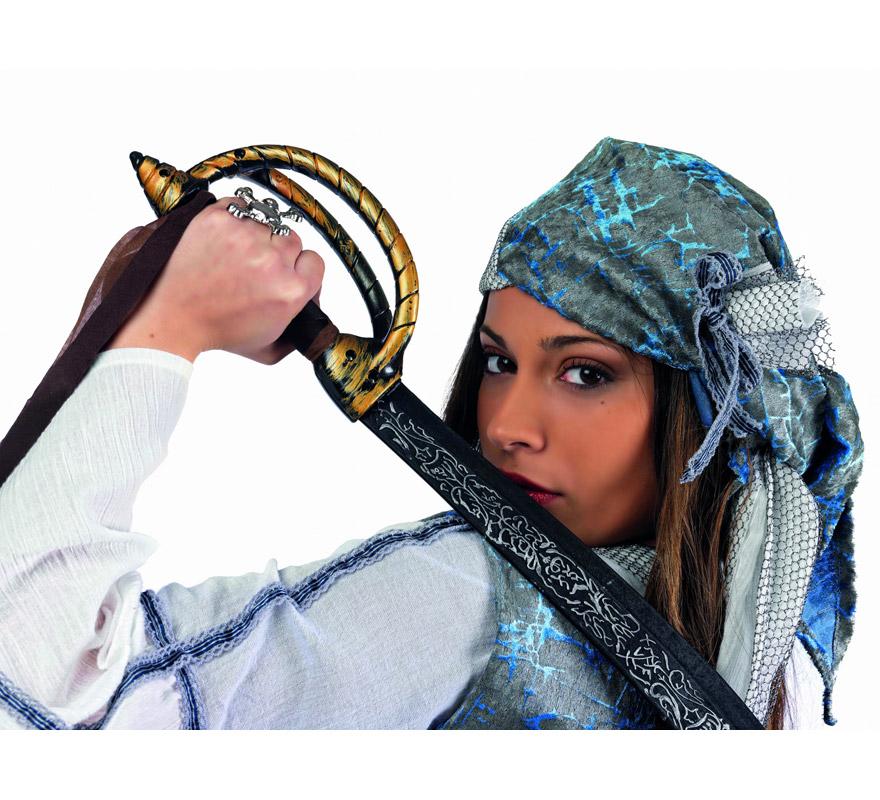 Disfraz de Corsaria Pirata Superluxe mujer. Alta calidad, hecho en España. Disponible en varias tallas. Incluye vestido, chaleco y pañuelo. Espada No incluida, podrás encontrarla en nuestra sección de Complementos.