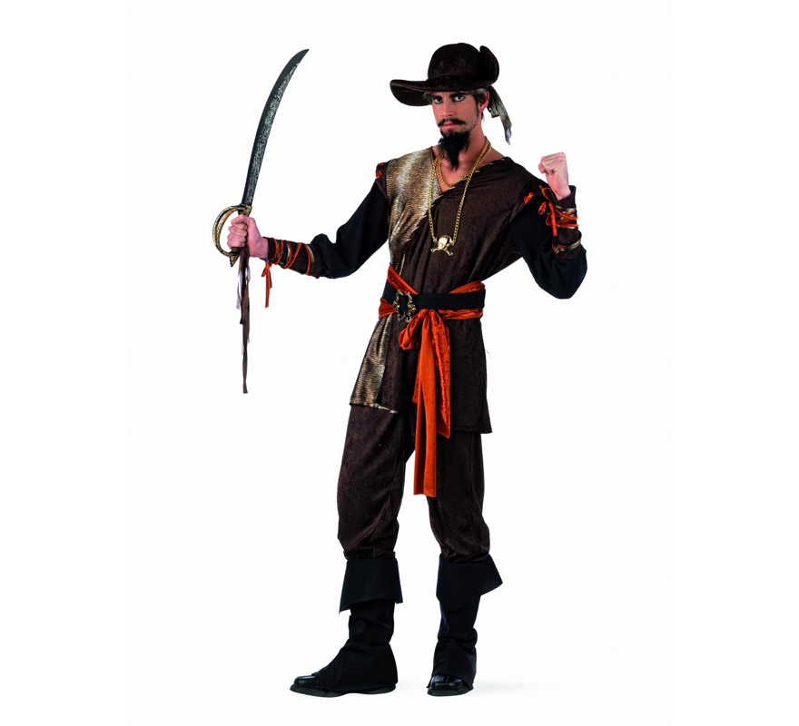 Disfraz de Pirata Aventurero Deluxe para hombre. Alta calidad, hecho en España. Disponible en varias tallas. Incluye camisa, pantalón, fajín con cinturón, cubrebotas y sombrero. Espada y collar NO incluidos, podrás encontrarlos en nuestra sección de Complementos.
