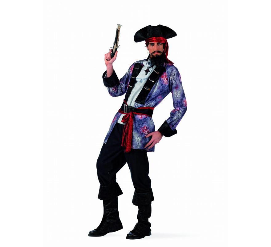 Disfraz de Pirata Corsario Deluxe para hombre. Alta calidad, hecho en España. Disponible en varias tallas. Incluye chaqueta con camisa, pantalón, fajín con cinturón, cubrebotas y sombrero. Trabuco y pendientes No incluidos, podrás encontrarlos en nuestra sección de Complementos.