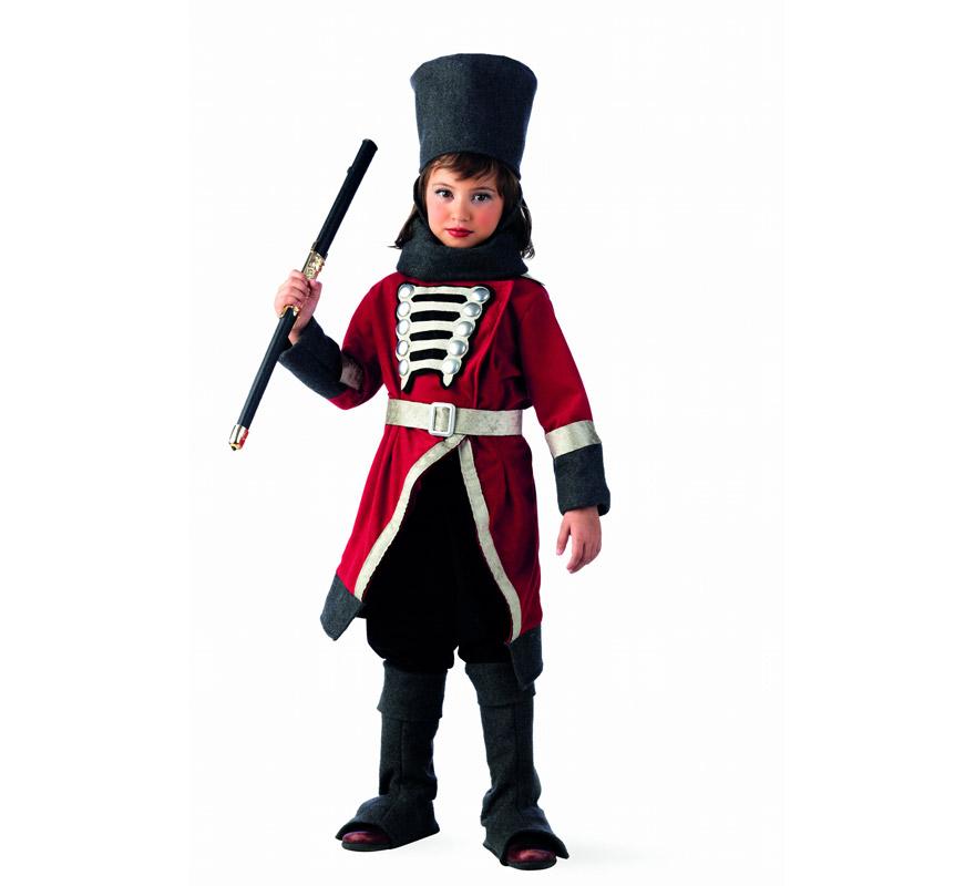 Disfraz de Rusa Cosaca Deluxe para niña. Alta calidad, hecho en España. Disponible en varias tallas. Incluye chaqueta con cinturón, pantalón, gorro, bufanda y cubrebotas. Espada NO incluida, podrás encontrarla en nuestra sección de Complementos.