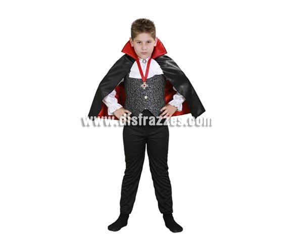 Disfraz de Conde Drácula infantil barato para Halloween. Talla de 7 a 9 años. Incluye camisa con chaleco y capa.