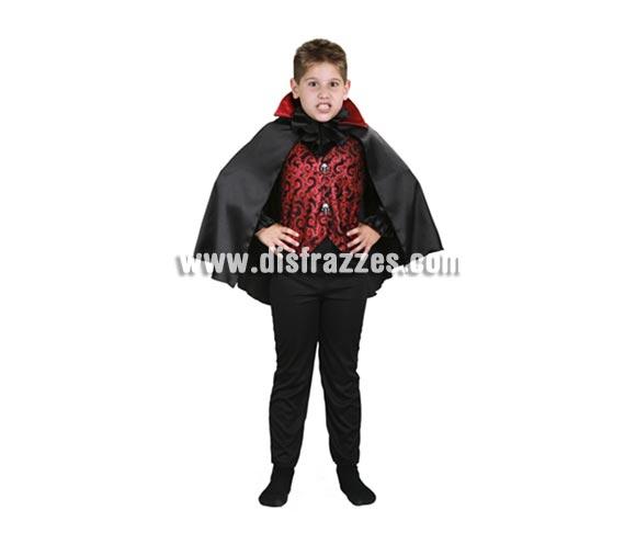 Disfraz de Vampiro lujoso infantil barato para Halloween. Talla de 5 a 6 años. Incluye camisa con pechera y capa. Disfraz de Drácula para niño.