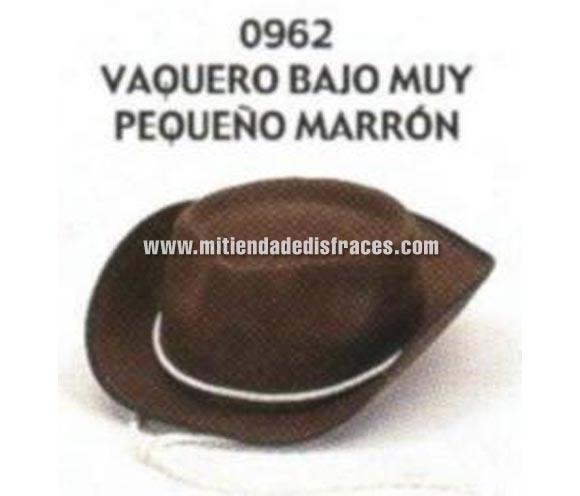 Sombrero Vaquero bajo pequeño de color marrón. Buena calidad, fabricado artesanalmente en España. Posibilidad de ajuste de precio para grupos.