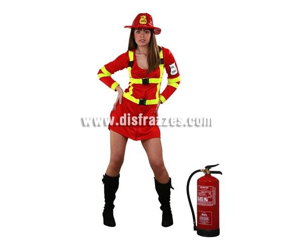 Disfraz de Bombera Sexy adulta. Talla standar M-L 38/42 de mujer. Incluye sombrero y vestido. Un disfraz ideal para Despedidas de Soltera. El extintor NO lo incluye, podrás ver uno hinchable en la sección de Complementos con la ref. 05296BT.