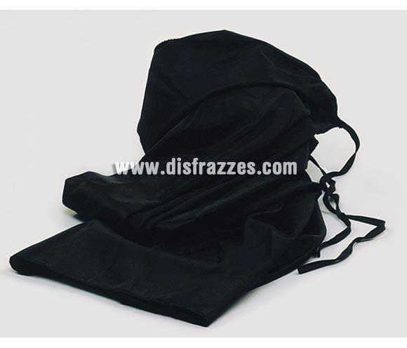 Capa de tela negra con capucha para Halloween.