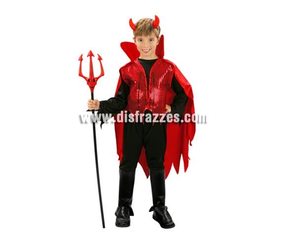 Disfraz de Demonio Rojo barato para Halloween. Talla de 7 a 9 años. Incluye cuernos, pantalón, chaleco con capa y cuello. Tridente NO incluido, podrás verlo en la sección Complementos. Éste disfraz de Halloween es ideal para celebrar la Fiesta de la Noche de las Brujas.