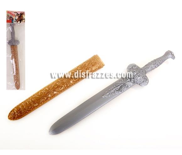 Espada barata de Caballero Medieval con funda dorada y puño de águila para Carnaval y Medievales. Medida del embalaje 50 cm. Material plástico. También podría servir como Espada de Romano o Gladiador.
