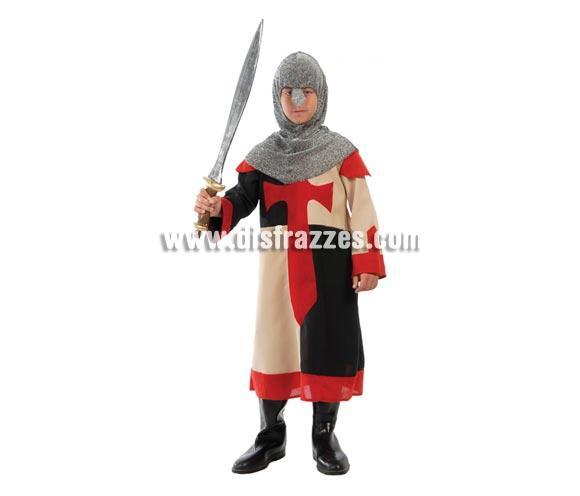Disfraz barato de Guerrero Medieval Cruzado para niño. Talla de 4 a 6 años. Incluye casaca y verdugo. Espada NO incluida, podrás verla en la sección de Complementos. Un disfraz de niños perfecto para Ferias Medievales.