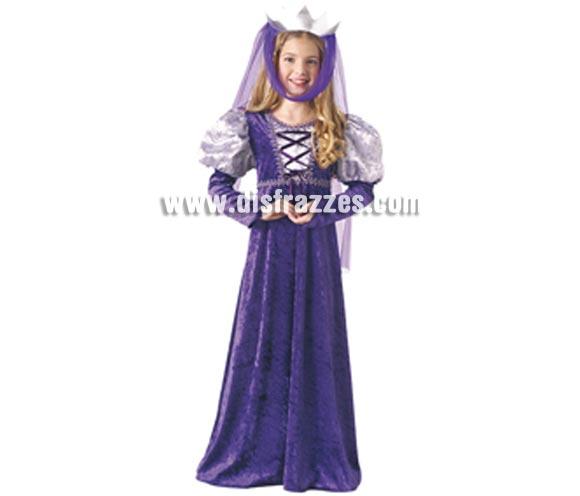 Disfraz de Reina Medieval infantil. Talla de 8 a 10 años. Incluye vestido y tocado para la cabeza. Éste disfraz de Reina Medieval para niñas es ideal para celebrar las Fiestas o Ferias Medievales cada vez más arraigadas en nuestro País.
