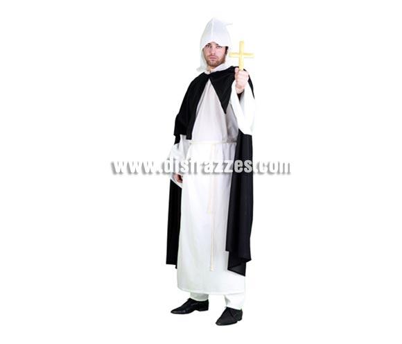 Disfraz de Inquisidor para hombre. Talla standar M-L = 52/54. Incluye túnica, capa con capucha y cinturón o cordón. Éste disfraz de la Santa Inquisición es novedad y es original y diferente.