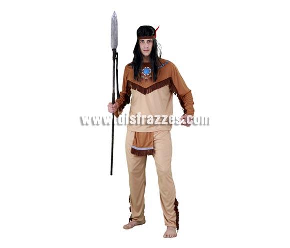 Disfraz barato de Indio claro para hombre. Talla Standar M-L 52/54. Incluye camisa, pantalón con delantal y cinta de la cabeza con pluma. Accesorios NO incluidos, podrás verlos en la sección de Complementos.  Éste disfraz hace pareja con la ref. 08060BT. Bonito disfraz de Indio para caballero ideal para cualquier tipo de Fiesta.
