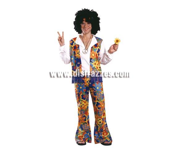 Disfraz de Hippie Man. Talla standar de Hombre. Incluye camisa, chaleco con flecos y pantalón de campana. NO incluye accesorios los podrás ver en sección complementos. Traje con que vivirás los AÑOS 60. Pon Paz y Amor en cualquier Fiesta y como no para Carnavales.