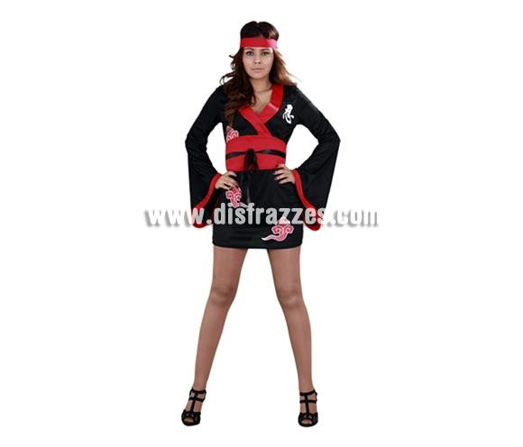 Disfraz muy barato de Ninja Girl para mujer. Talla Standar M-L 38/42. Incluye vestido, cinturón y cinta de la cabeza. Disfraz de Ninja para chicas muy original y novedoso.