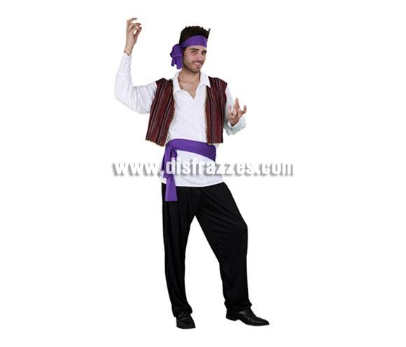 Disfraz barato de Gitano elegante para hombre. Talla standar M-L = 52/54. Incluye camisa con chaleco, pantalón, cinturón y cinta de la cabeza. Éste disfraz también puede servir como disfraz de Zíngaro adulto.