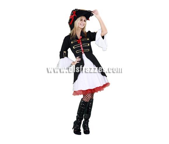Disfraz de Capitán Pirata negro para mujer. Talla standar M-L = 38/42. Incluye sombrero, vestido y chaqueta. Un traje muy, pero que muy bonito que realza la belleza de quien lo lleva y no es el típico modelo de disfraz de Pirata que estamos acostumbrados a ver.