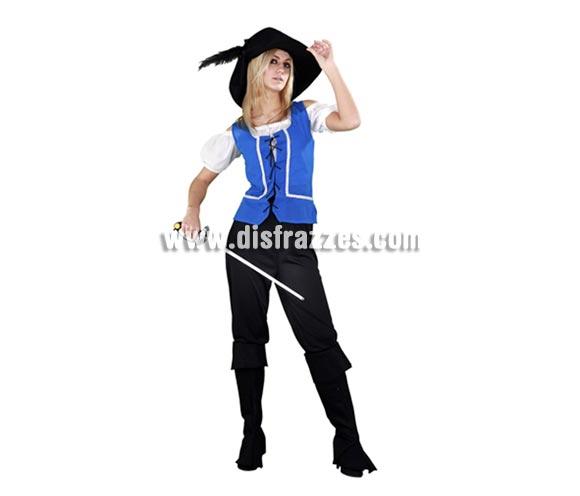 Disfraz barato de Mosquetera azul para mujer. Talla standar M-L = 38/42. Incluye sombrero, chaleco, camisa, pantalones y cubrebotas. Espada No incluida, podrás ver algún modelo en la sección Complementos. Éste traje es diferente y no es el típico disfraz de Mosquetera que siempre se ve por ahí, además tiene un buen precio.