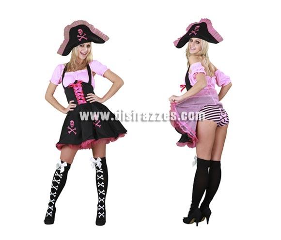 Disfraz barato de Pirata Divertida para mujer. Talla standar M-L = 38/42. Incluye sombrero, camisa, vestido y braguitas. Medias NO incluidas, podrás verlas en Complementos con la ref. 96147BT. Precioso traje de Pirata para chicas, muy sexy y divertido. Inmejorable relación calidad - precio.