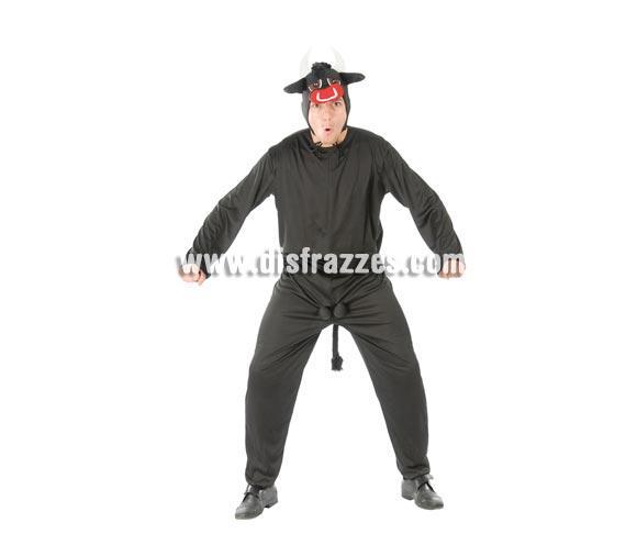 Disfraz de Toro para hombre. Talla standar 52/54. Incluye capucha y traje. Éste disfraz es muy cachondo para ir con algún torero al lado.