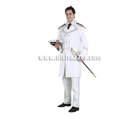 Disfraz de General de la Marina para hombre. Talla standar M-L  = 52/54. Incluye chaqueta y pantalón. Gorra y espada NO incluidas, podrás verlas en la sección Complementos. Un disfraz de categoría que hará que todos se cuadren a tu paso, jejejeje.