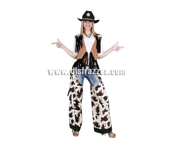 Disfraz barato de Vaquera para mujer. Talla standar M-L 38/42. Incluye chaleco y zahones. Sombrero NO incluido, lo verás en Complementos. Disfraz de Pistolera para chica. Éste disfraz de diseño diferente, está muy bien para ir distintas a las demás chicas de la Fiesta y llamar la atención con un disfraz atrevido y llamativo.