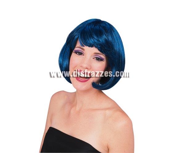 Peluca modelo Broadway de color azul oscuro. Peluca de Charlestón de media melena lisa con flequillo azul oscuro. Ideal para tu disfraz de Charlestón, de Moulin Rouge, Cabaret, etc. etc.